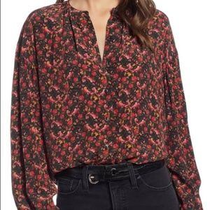 NWT Something Navy Size XS Black Floral Top